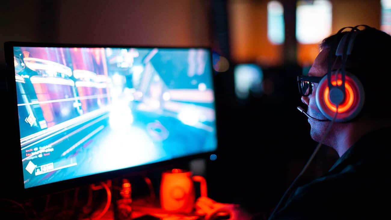 Cybersports Player